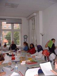 Teilnehmerinnen im Kurs Berufsorientierung bei Frauenzukunft e.V.